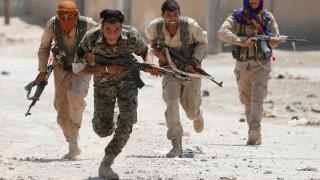 Έσπασαν οι αμυντικές γραμμές του Ισλαμικού Κράτους στη Ράκα - Αγωνία για τους αμάχους