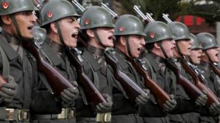 Γερμανία: Η Τουρκία κατασκοπεύει πρώην δικούς της στρατιωτικούς;