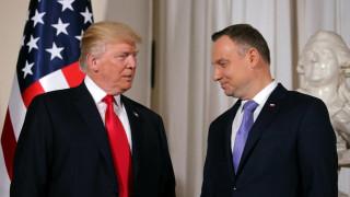 Τραμπ από Βαρσοβία: Διακυβεύεται το μέλλον της Δύσης