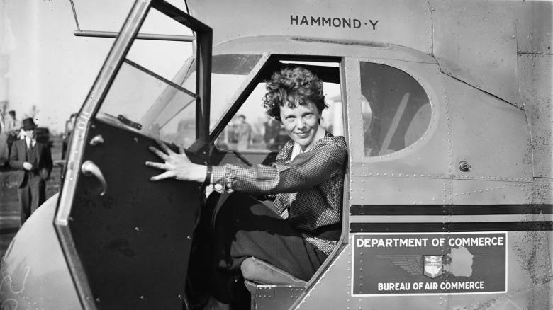 Aμέλια Έρχαρτ: Ανατροπή στο μυστήριο του θανάτου της θρυλικής πιλότου