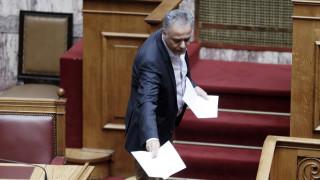Σκουρλέτης: Η ρύθμιση για συμβασιούχους να είναι συμβατή με το Σύνταγμα και τις ευρωπαϊκές οδηγίες