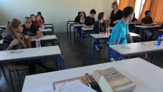 Πανελλαδικές εξετάσεις: Δεν καταργούνται, τι αλλαγές θα ισχύσουν
