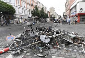G20: Εικόνες καταστροφής στους δρόμους του Αμβούργου