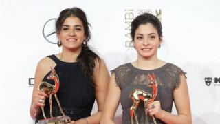 Γιούσρα και Σάρα Μαρντίνι: Οι προσφυγοπούλες που συγκίνησαν, στο περιθώριο της G20