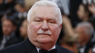 Στο νοσοκομείο ο πρώην πρόεδρος της Πολωνίας Λεχ Βαλέσα
