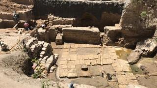 Ανακάλυψη λαξευτής αρχαίας σήραγγας στους κήπους Σαλαλάτ της Αλεξάνδρειας