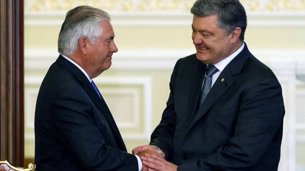 Ποροσένκο: Η επίσκεψη Τίλερσον δείχνει την υποστήριξη Ουάσιγκτον στην Ουκρανία (pics)