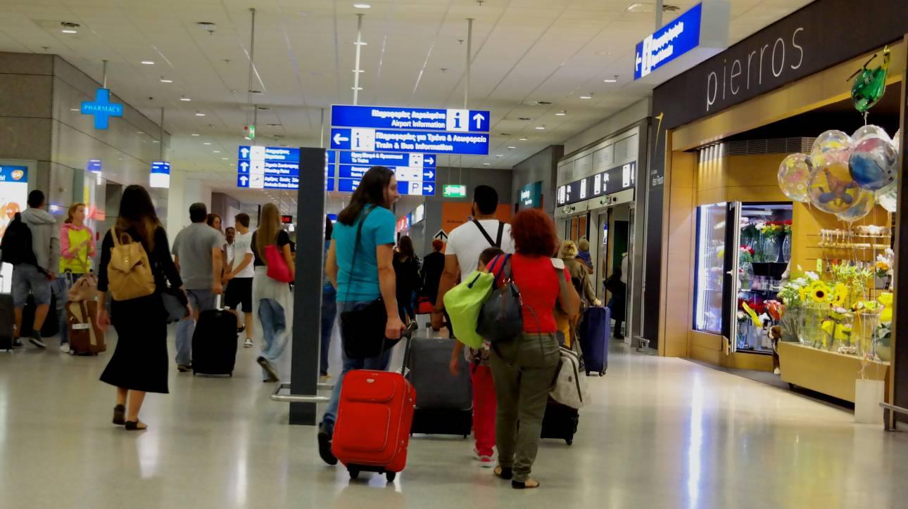 Μεγάλες ανατιμήσεις σε αεροπορικά εισιτήρια και ξενοδοχεία τον Ιούνιο