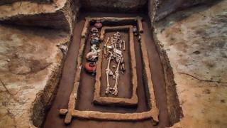 Κίνα: Ανακαλύφθηκε ένα νεκροταφείο «γιγάντων» (pics&vid)