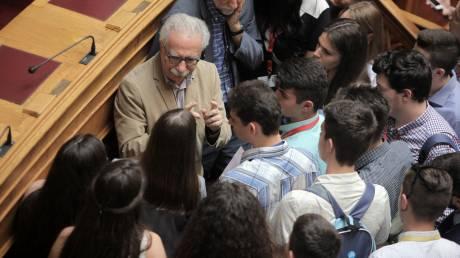 Γαβρόγλου: Το σημερινό καθεστώς των πανελλαδικών εξετάσεων θα είναι σύντομα παρελθόν