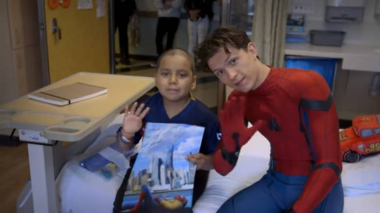 Spider-Man: Η ειδική αποστολή σε Παιδιατρικό Νοσοκομείο (vid)