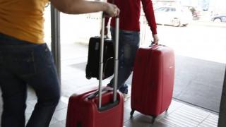 Έρευνα: 1 στους 3 ψάχνει δουλειά στο εξωτερικό
