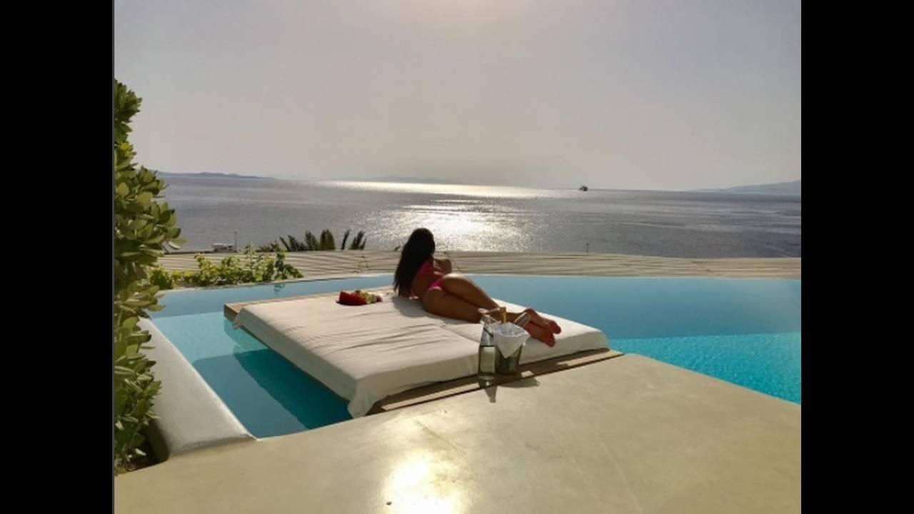 https://cdn.cnngreece.gr/media/news/2017/07/12/88774/photos/snapshot/instagram-NicoleScherzinger3.jpg