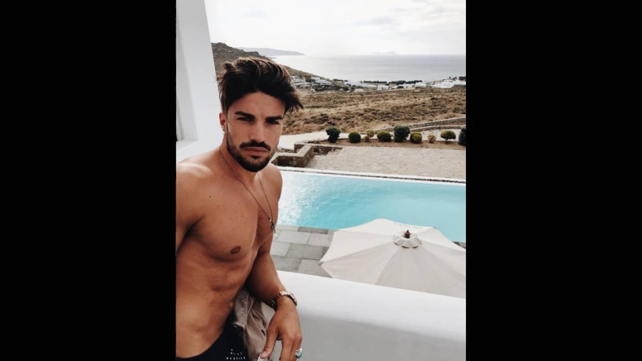 https://cdn.cnngreece.gr/media/news/2017/07/12/88774/photos/snapshot/instagram-marianodivaio2.jpg