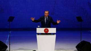 Ανένδοτος ο Ερντογάν: Δεν σταματά η κατάσταση έκτακτης ανάγκης στην Τουρκία