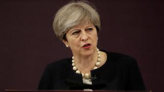 «Πόλεμος» κυβέρνησης-αντιπολίτευσης στη Βρετανία για τη χρηματοδότηση του ισλαμικού εξτρεμισμού