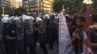 Χάος στη Θεσσαλονίκη για τη συνάντηση Τσίπρα-Γιούνκερ - Χημικά έξω από την ΕΡΤ3 (pics&vids)
