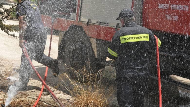 Μεγάλη φωτιά σε εργοστάσιο με εύφλεκτα υλικά στο Διδυμότειχο (pic&vid)