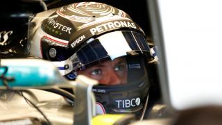 F1: Με φόρα ο Βάλτερι Μπότας στα ελεύθερα δοκιμαστικά της Βρετανίας (vid)