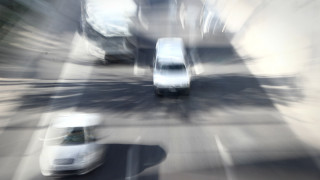 Νέο αλαλούμ με τα ανασφάλιστα οχήματα – Γιατί καθυστερεί η επιβολή προστίμων