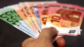 Εξωδικαστικός συμβιβασμός: Πώς θα ρυθμίζονται και πώς θα «κουρεύονται» οφειλές προς Εφορία και ΕΦΚΑ