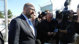 O Μάρτιν Σουλτς θέλει να τιμωρούνται οικονομικά όσα κράτη δεν δέχονται πρόσφυγες