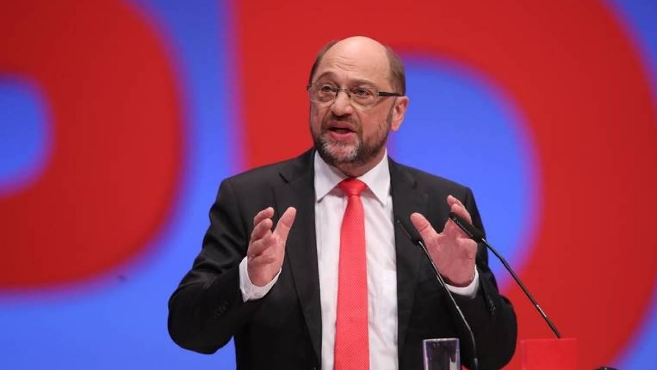 «Ποινή» σε όσες χώρες της Ε.Ε. δεν δέχονται πρόσφυγες, προτείνει ο Σουλτς