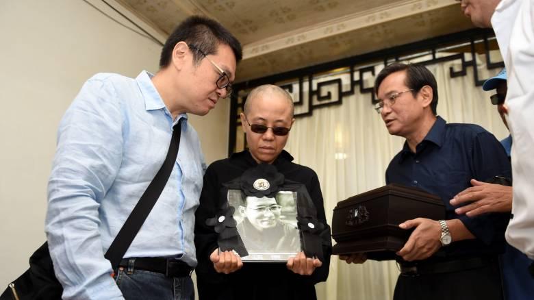 Η Αυστραλία καλεί το Πεκίνο να απελευθερώσει τη χήρα του Λιου Σιαομπό