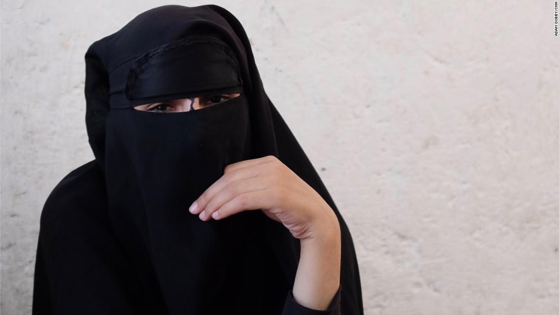 170712050742 02 raqqa isis wives super 169