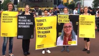 Προφυλακίζεται η διευθύντρια της Διεθνούς Αμνηστίας στην Τουρκία