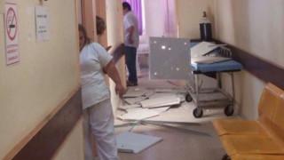 Κατέρρευσε μέρος της οροφής του Νοσοκομείου Χίου (pics)