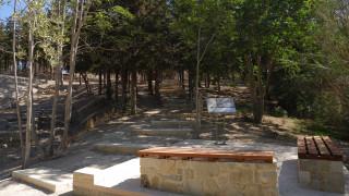Εικόνες ντροπής έξω από το παλάτι του Μίνωα (pics&vid)
