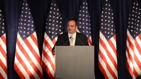 Μιχάλης Καρλούτσος: Ο Ελληνοαμερικανός που κατέκτησε το Στέιτ Ντιπάρτμεντ στο CNN Greece