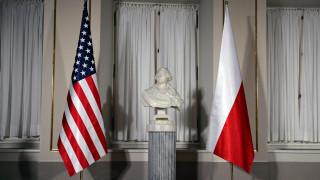 Η Κομισιόν προειδοποιεί την Πολωνία για τις μεταρρυθμίσεις στη Δικαιοσύνη
