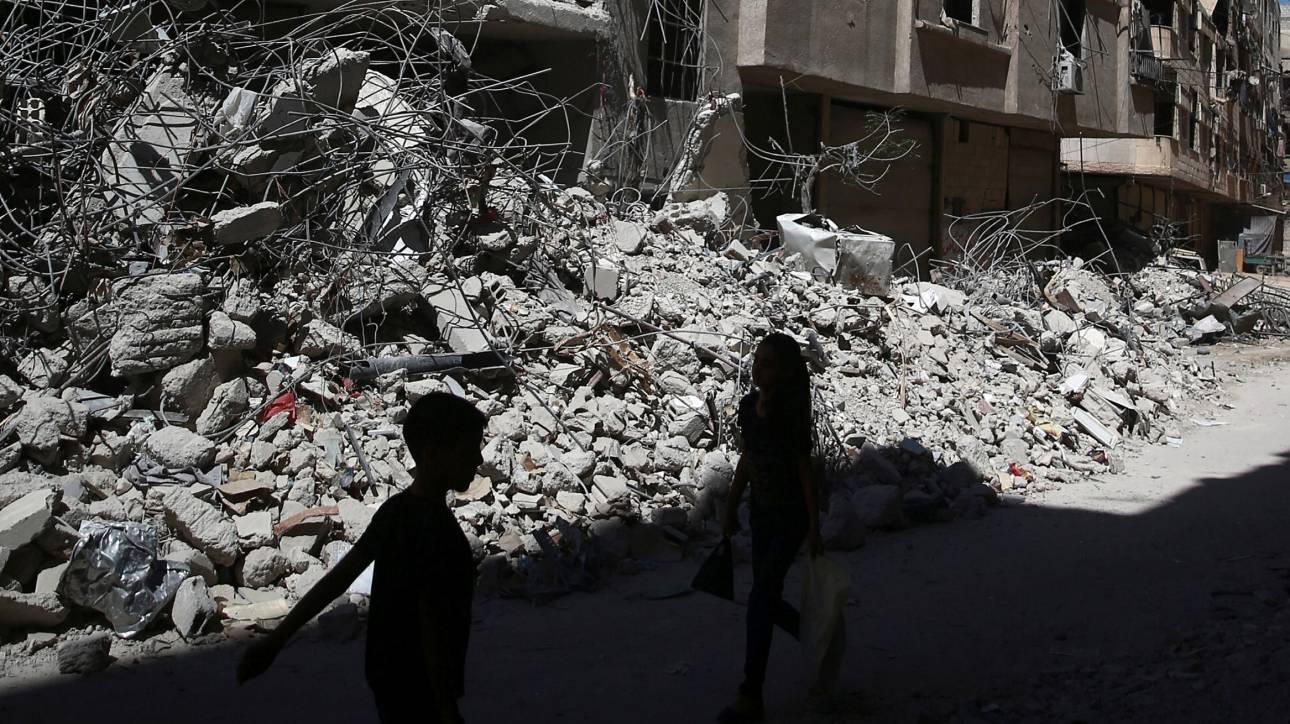 Συρία: Δεκάδες άμαχοι νεκροί από αεροπορικές επιδρομές