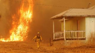 Πύρινη κόλαση στην Καλιφόρνια - Επεκτείνεται το μέτωπο της φωτιάς (pics)