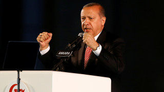 Ερντογάν: Ανταλλαγή του Γερμανού δημοσιογράφου Γιουτσέλ με δύο Τούρκους στρατηγούς