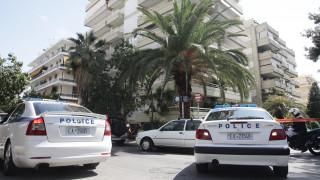 Συνελήφθη ο ληστής με την περούκα - «Χτυπούσε» σούπερ μάρκετ στα βόρεια προάστια
