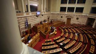 Σεισμός Δωδεκάνησα: Αναβλήθηκε η συζήτηση στη Βουλή για τον Καμμένο