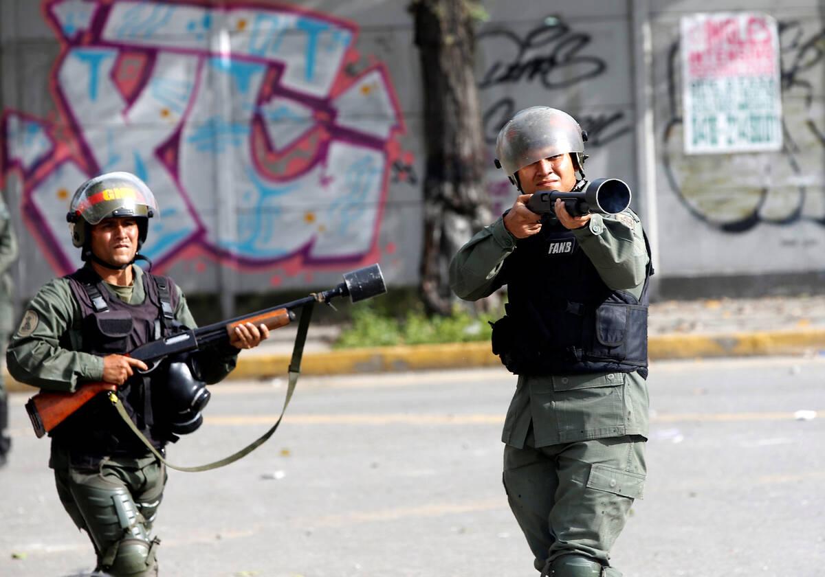 2017 07 20T221423Z 147390566 RC13A5E66420 RTRMADP 3 VENEZUELA POLITICS
