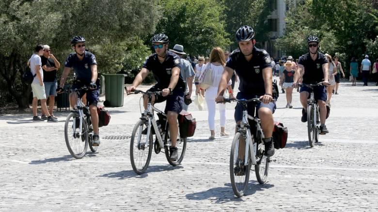 Αστυνομικοί - ποδηλάτες: «Σαρώνουν» τους δρόμους της Αθήνας