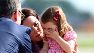 Το ατύχημα της γλυκιάς πριγκίπισσας Σάρλοτ που την έκανε να κλάψει