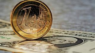 Σε υψηλά επίπεδα διετίας το ευρώ