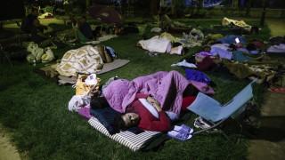 Κως: κοιμήθηκαν στους δρόμους και τα πάρκα φοβούμενοι νέο σεισμό
