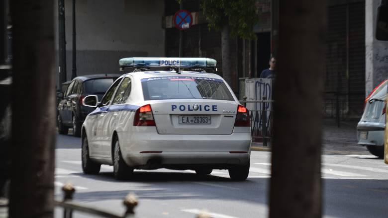 Θρίλερ στο κέντρο της Αθήνας: Σύλληψη 50χρονου που μαχαίρωσε αλλοδαπό - Οπλοστάσιο στο σπίτι του