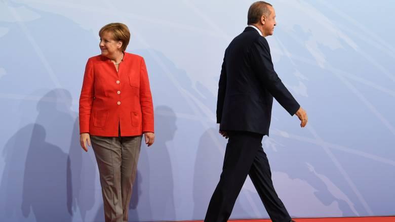 Ερντογάν κατά Γερμανίας: Μην ανακατεύεστε στα εσωτερικά μας