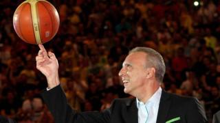 Το ελληνικό μπάσκετ έχει τα γενέθλιά του – Ο Νίκος Γκάλης έγινε 60 (pics&vids)