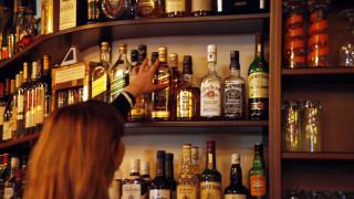 Γέμισαν με ποτά «μπόμπες» τη Ζάκυνθο - Οι διάλογοι του κυκλώματος