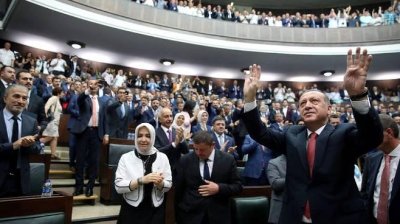 O Ερντογάν απειλεί ανοιχτά τη Γερμανία με αντίποινα