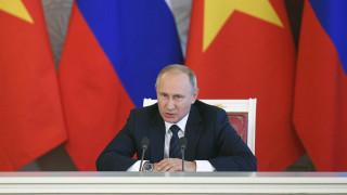 Ρωσία: Έντονη δυσαρέσκεια για τις κυρώσεις των ΗΠΑ και φωνές για... «οδυνηρή» απάντηση